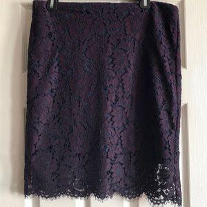 Banana republic lace skirt, size 10.